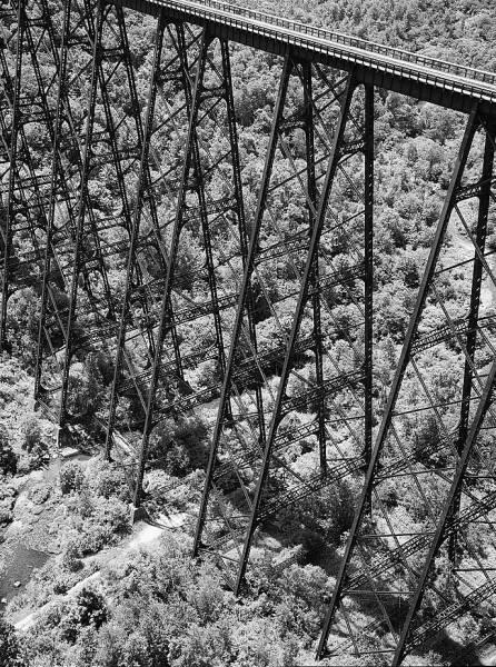 Kinzua Viaduct (1900). (HAER, PA,42-MOJEW.V,1-13)