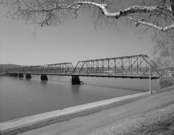 Walnut Street Bridge, Harrisburg, Pennsylvania.(HAER, PA,22-HARBU,25-6)