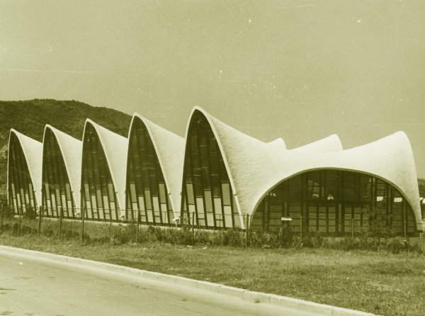 Sporthalle in Onesti