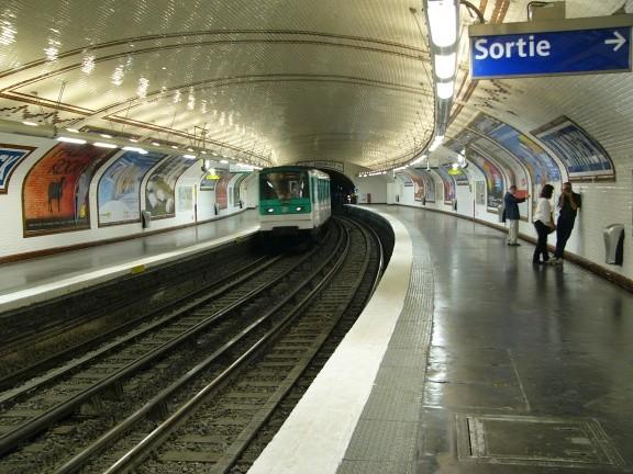 Lamarck - Caulaincourt Metro Station