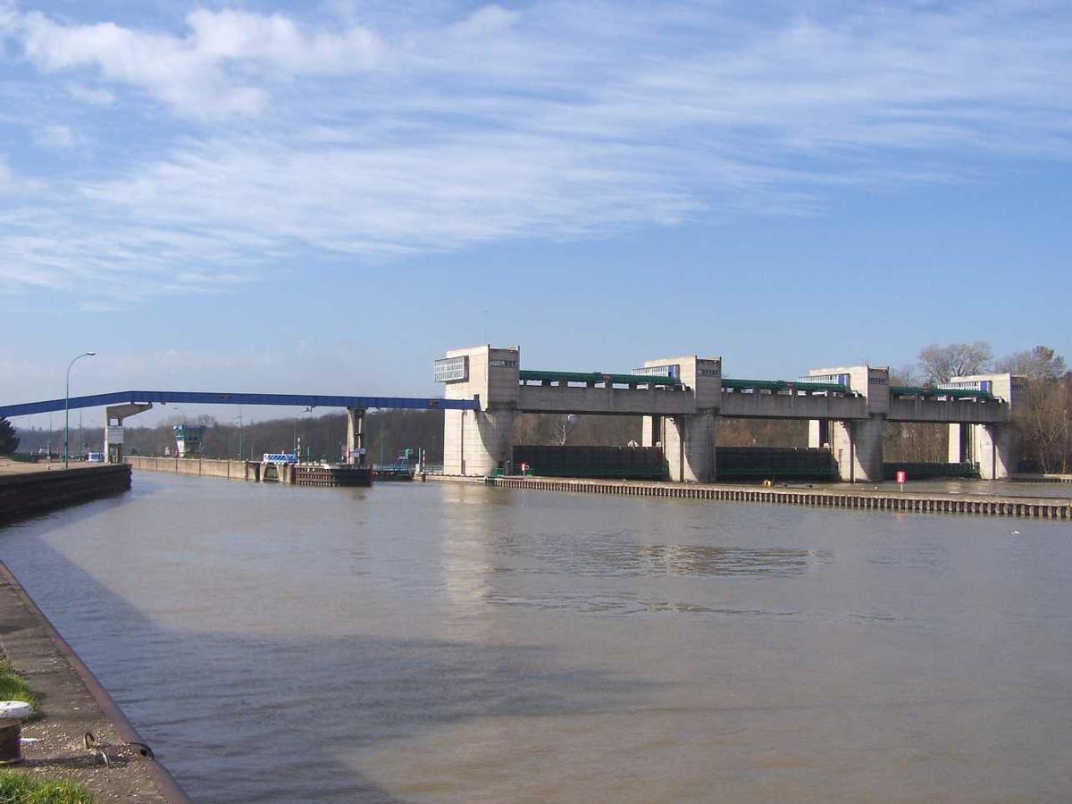 Andrésy Dam & Lock