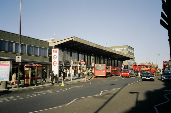 Barking Station