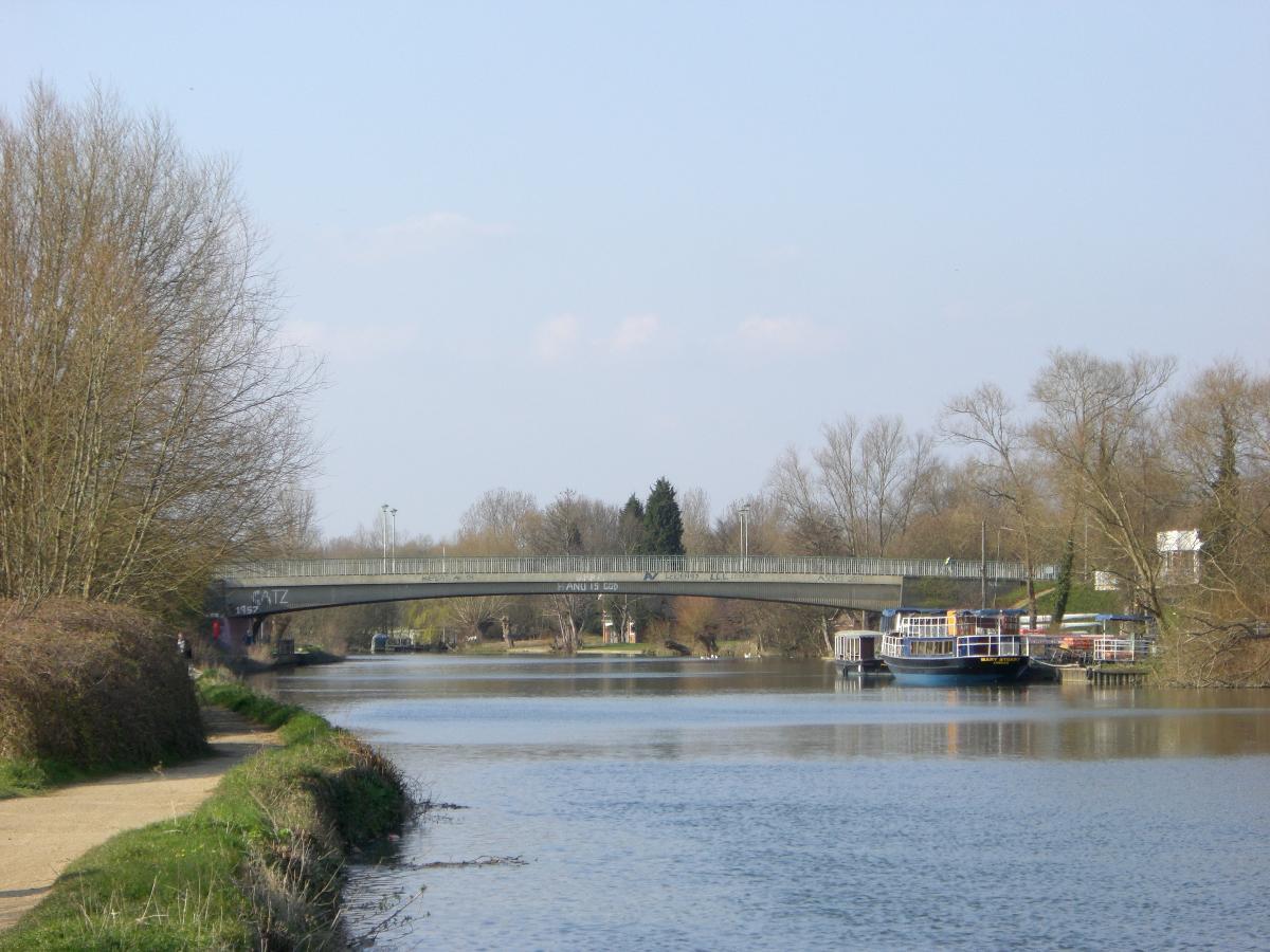 Donnington Road Bridge