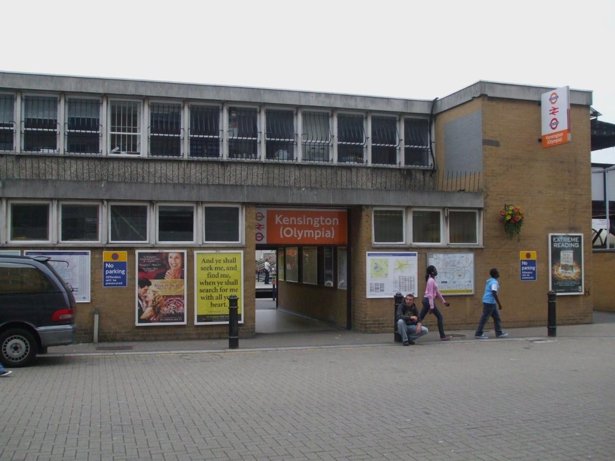 Kensington (Olympia) Station