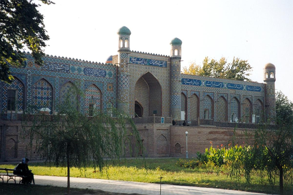 Khudayar Khan-Palast(Fotograf: Doron)