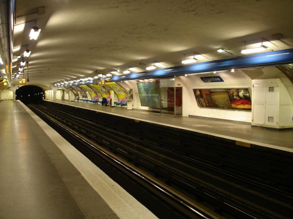 Argentine Metro Station