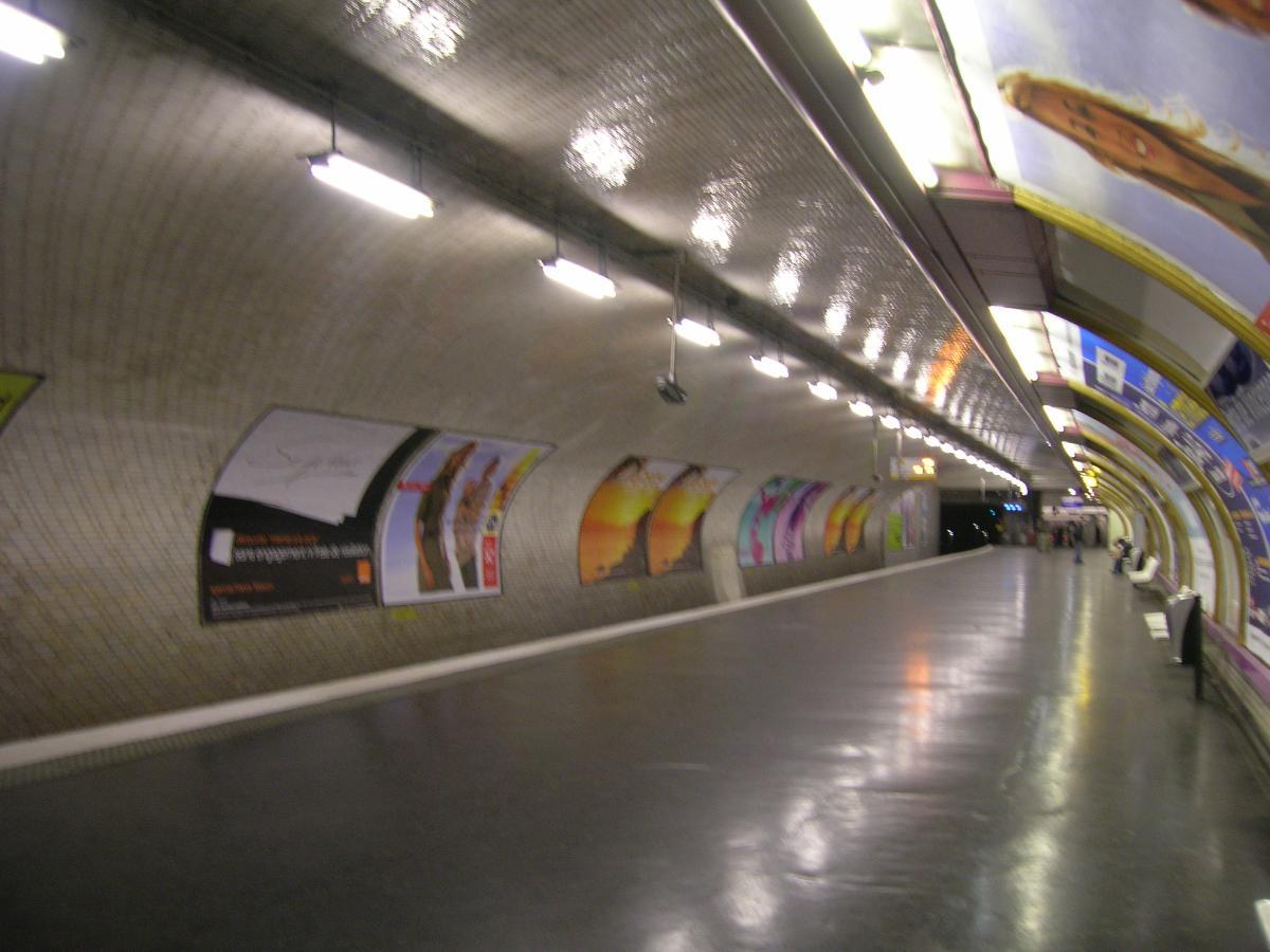 Porte de Vincennes Metro Station