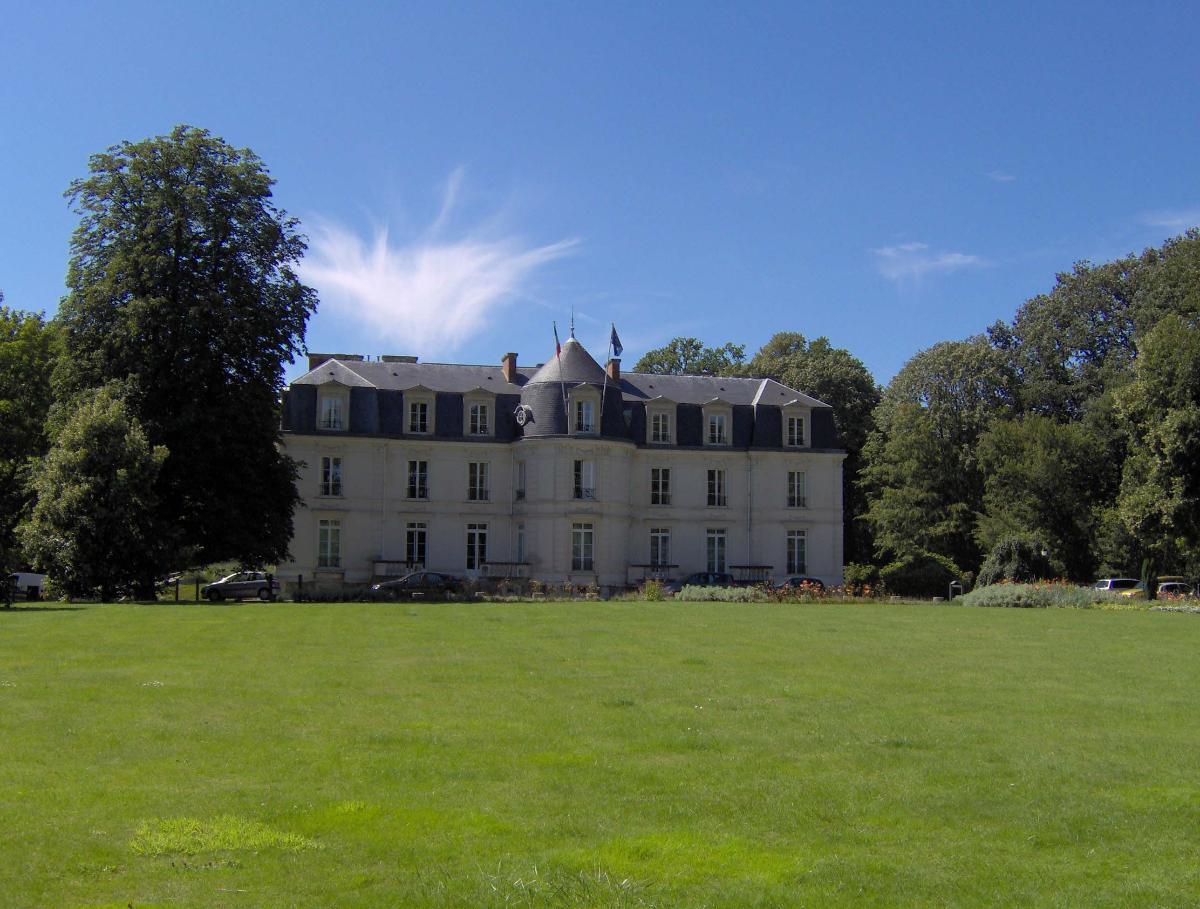 Schloss Montigny-le-Bretonneux