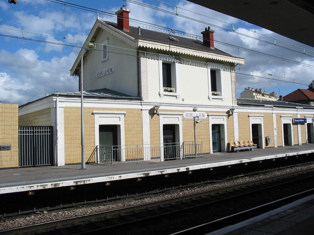 Gare de bourg la reine bourg la reine structurae for Photographe clamart gare