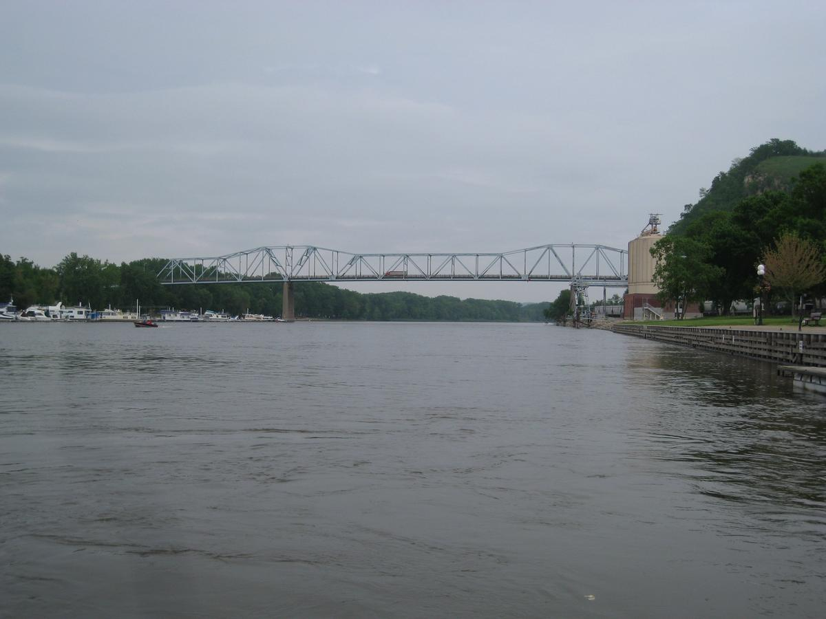 Eisenhower Bridge