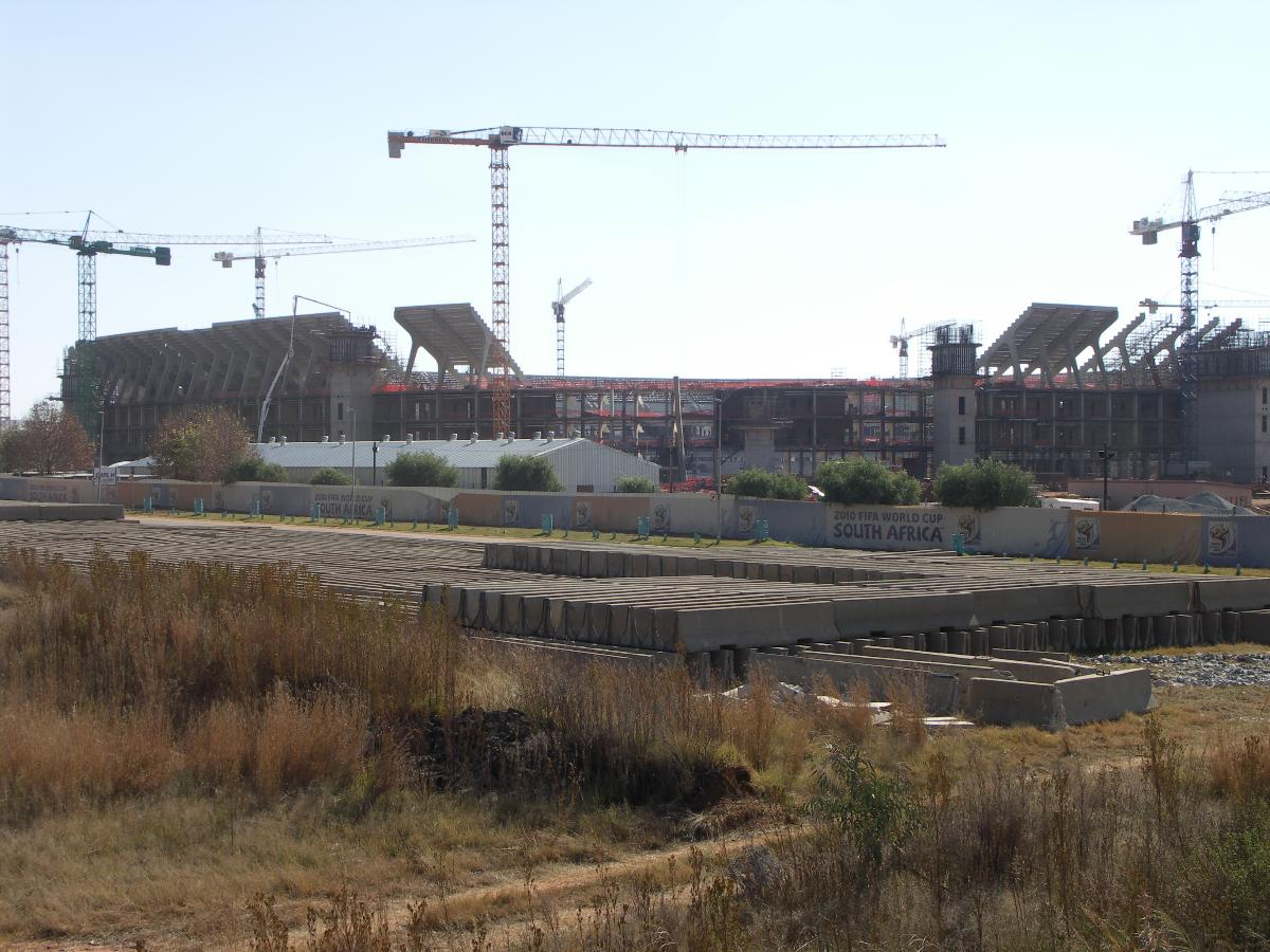 FNB Stadium (Johannesburg, 1989) | Structurae