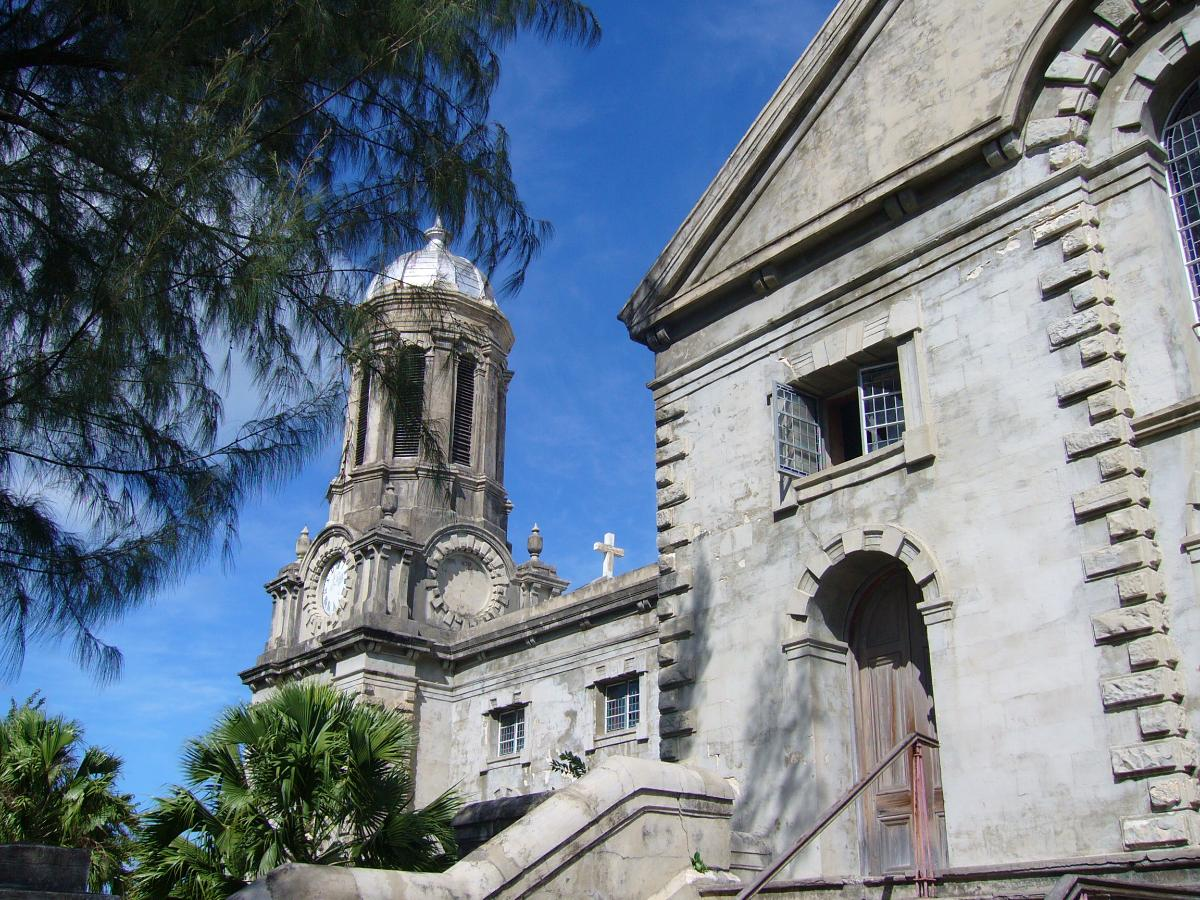 Saint John's Cathedral, Antigua & Barbuda(photographer: UKWiki)