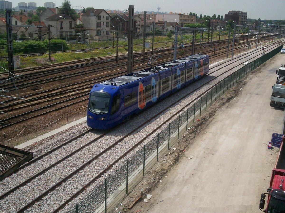 Ile de France Tramway Line T4