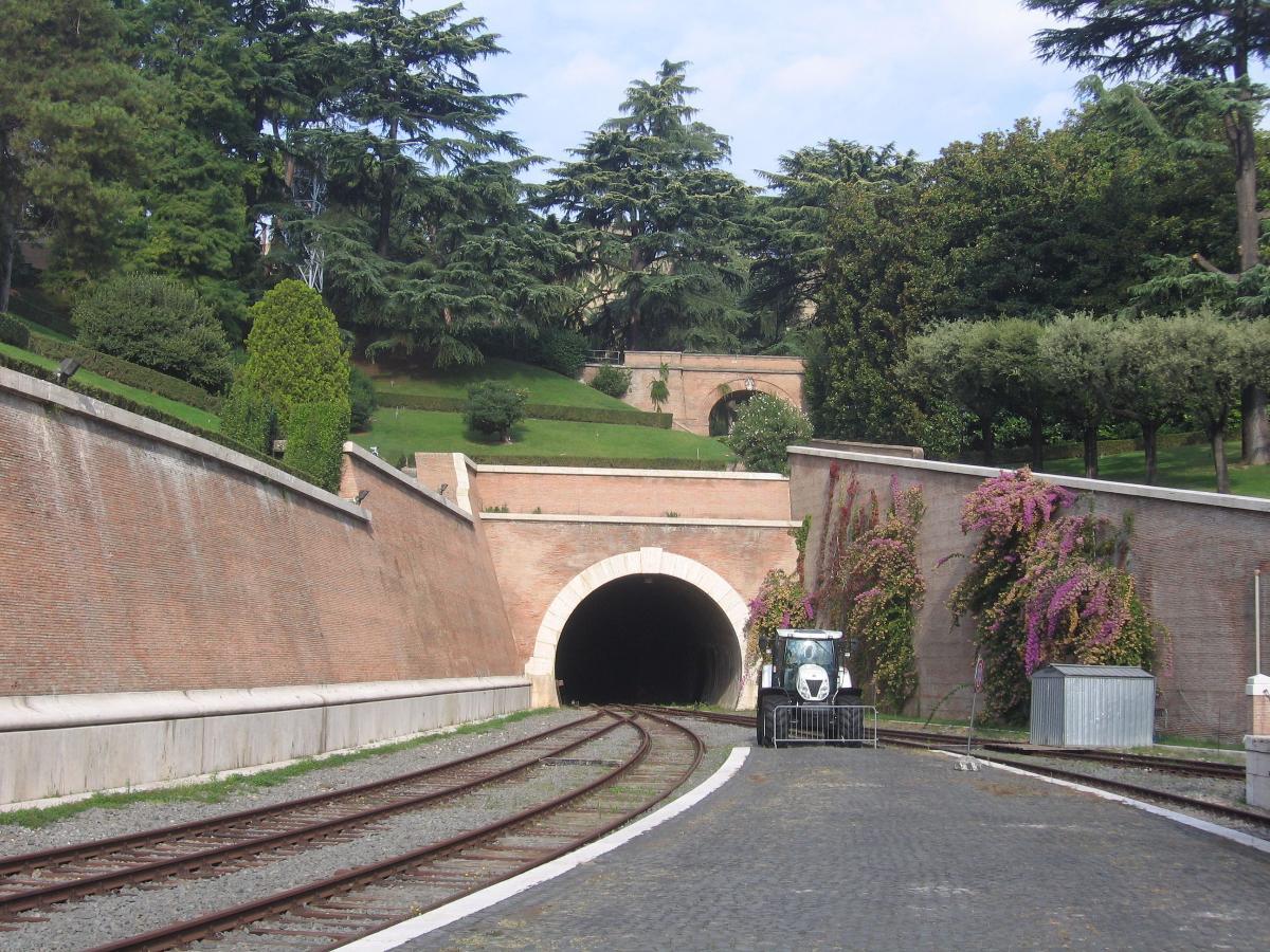 Eisenbahntunnel Vatikanstadt