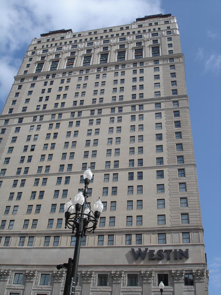 westin book cadillac detroit detroit 1924 structurae. Cars Review. Best American Auto & Cars Review