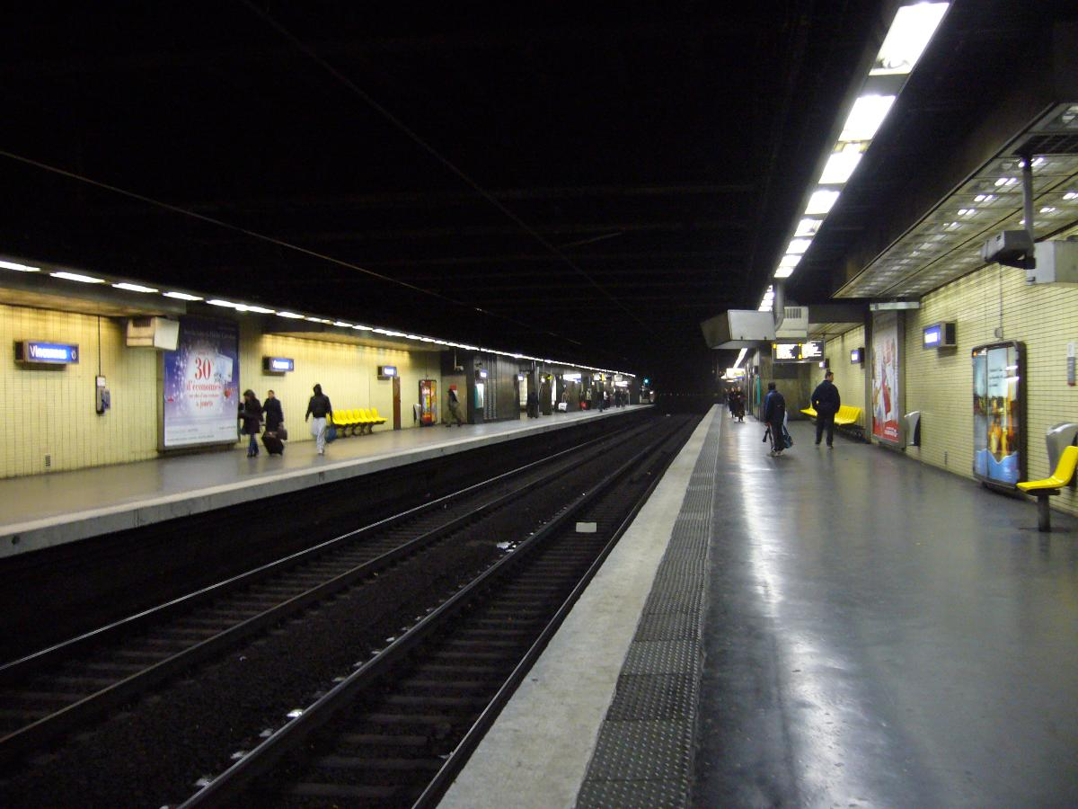 Vincennes Station